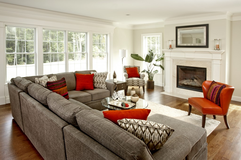 Pecoy_Avon_Family Room