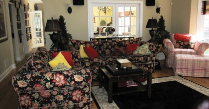 Cheshire, CT – Family Room Before
