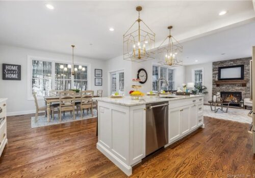 Custom-Built, Two Story Foyer, New Haven County